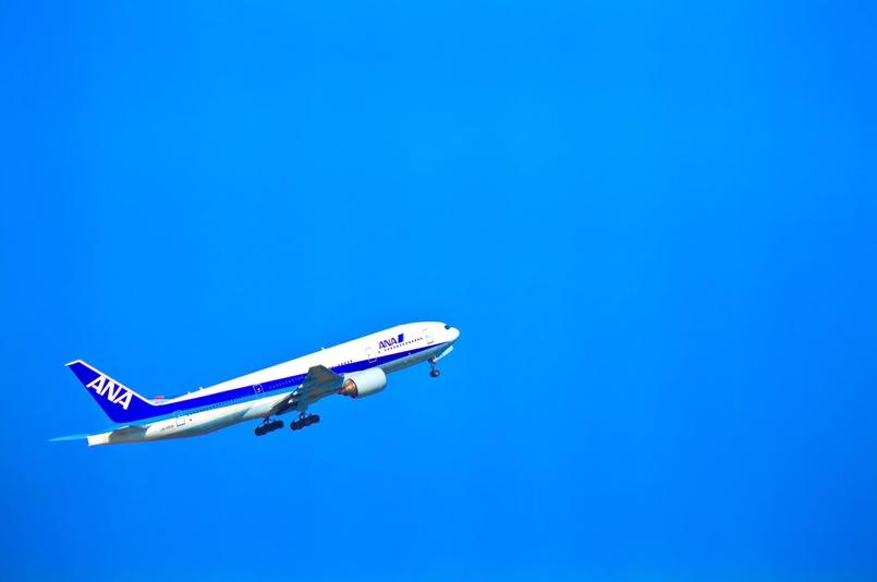 """【飛行機の豆知識】モバイルバッテリーは""""手荷物""""で!!"""