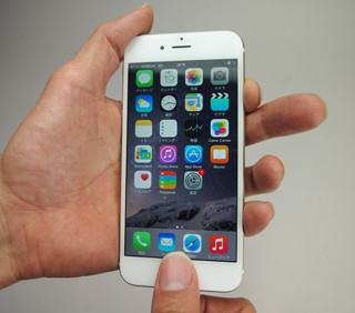 【iPhone】こんな簡単でいいの?! ワンタッチでスクリーンショットが撮れる!