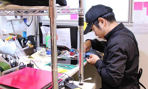 7、メーカーやiPhone修理専門店に相談する