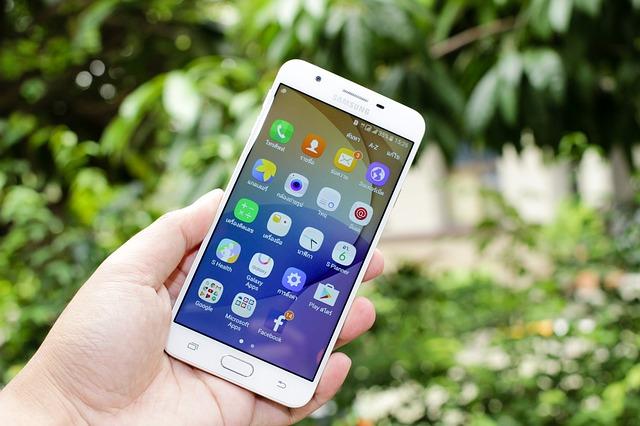 FRONTIERがDSDSとダブルカメラ搭載の5.5型Androidスマホ。Nano SIMスロットを2基装備